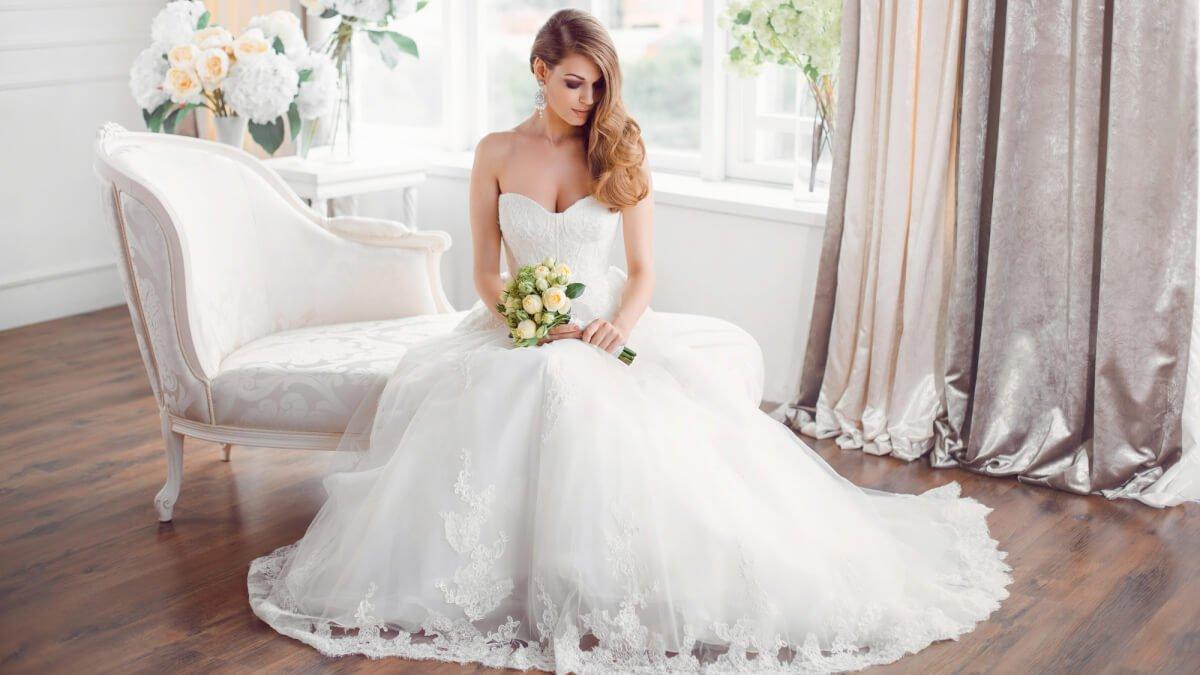 Att välja bröllopsklänning